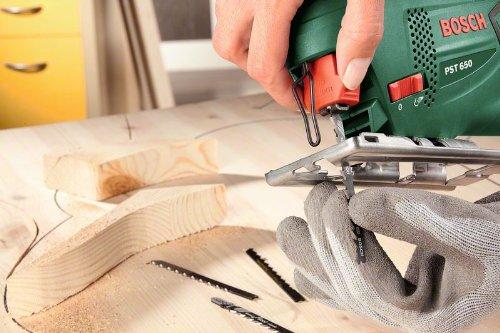 Bosch DIY Stichsäge PST 650, 1 Sägeblatt T 144 D für Holz, Koffer (500 W, Schnitttiefe in Holz 65 mm, Schnitttiefe in Stahl 4 mm) - 7